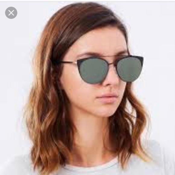 4b71fb1283044 QUAY Australia Tell Me Why Black Green Sunglass